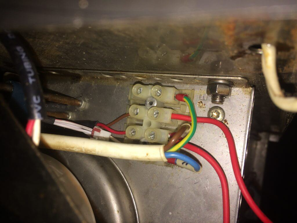 Сопротивление изоляции силовых кабелей и электропроводки