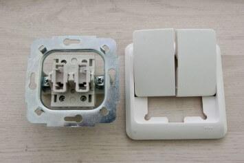 Конструкция выключателя на две клавиши