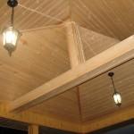 Подвесные лампы на потолке