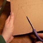 Вырезание лепестков из картона