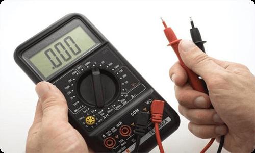 Использование мультиметра для проверки электропроводки