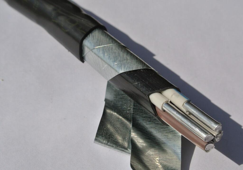 Фото бронированного алюминиевого проводника