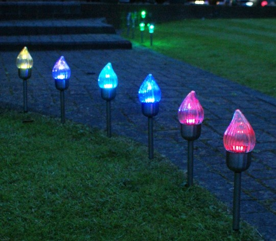 Декоративные садовые огоньки