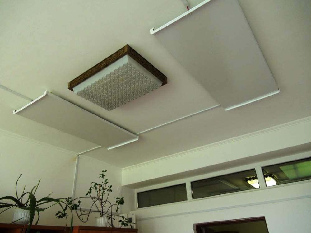 Правильное размещение потолочных панелей
