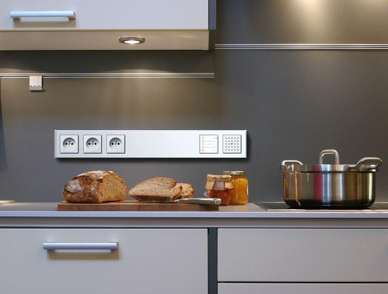 Дополнительные розетки на кухне