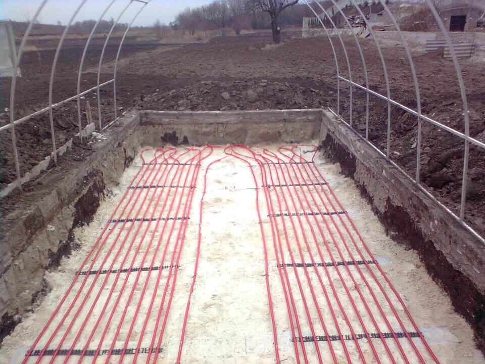 Фото системы подогрева почвы на даче