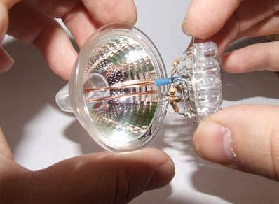 Установка лампочек в отражатель