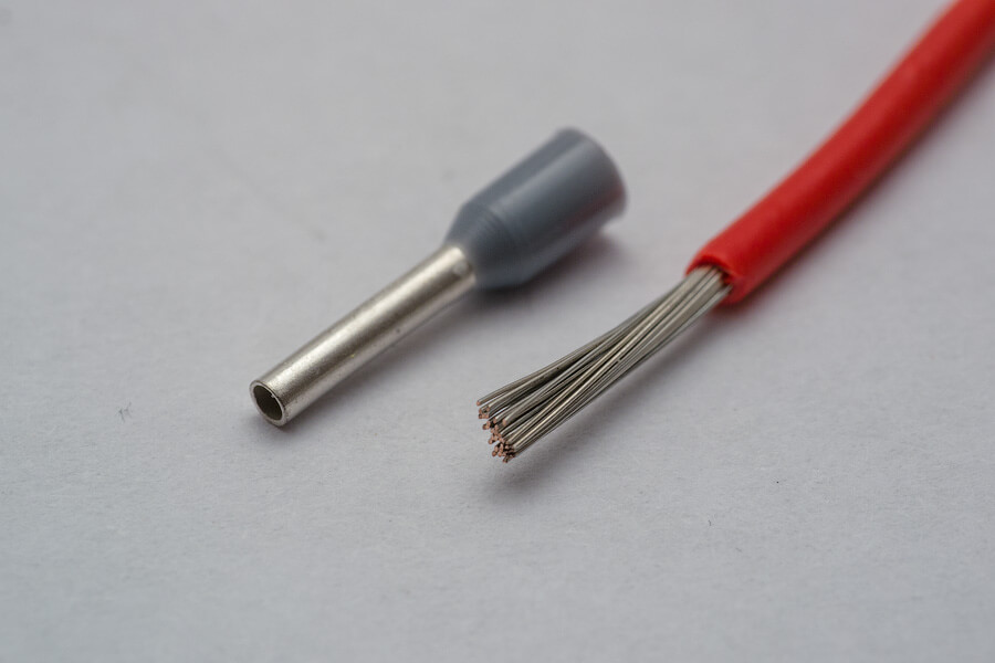 Нужно ли лудить многожильный кабель
