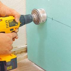 Советы по установке розетки в гипсокартонной стене