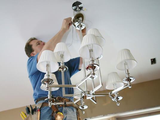 Ремонт потолочного светильника своими руками