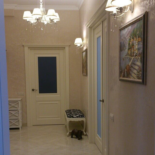Подсветка картин в коридоре