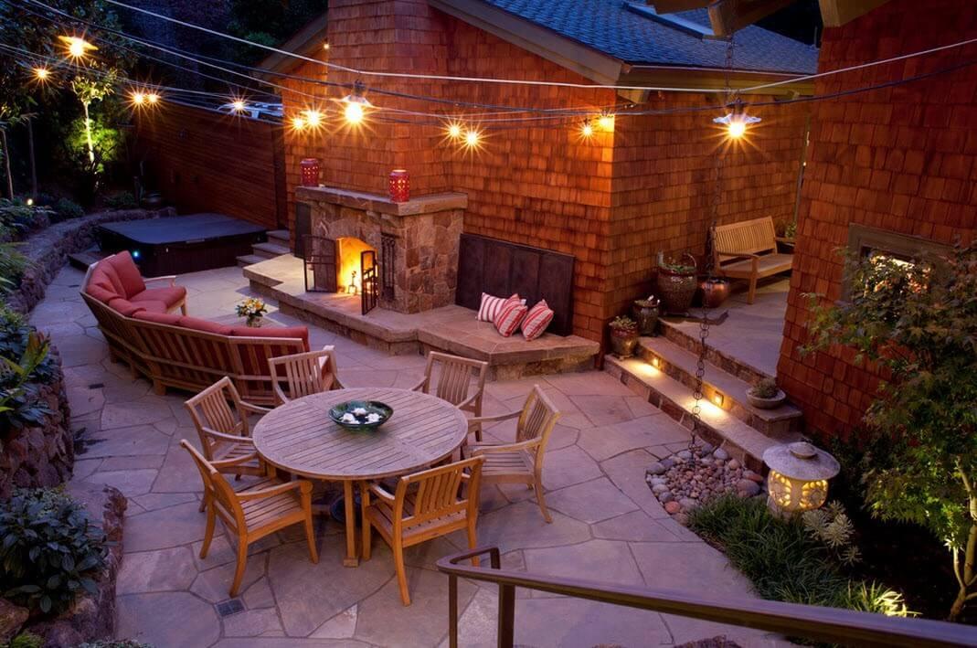 Современный уютный двор