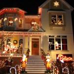 Оформление фасада коттеджа на праздник