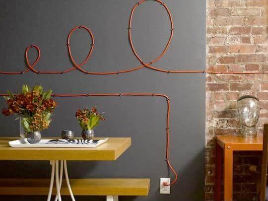 Как украсить стену?