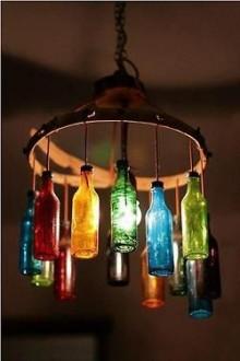 Осветительный прибор из бутылок