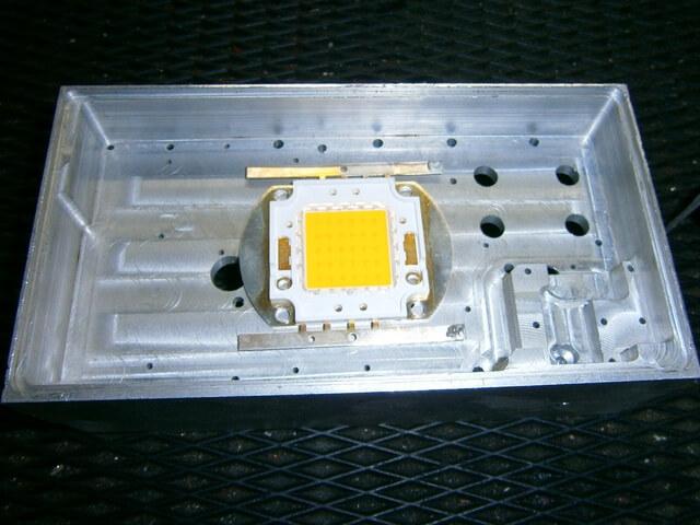 Алюминиевый корпус для отвода тепла