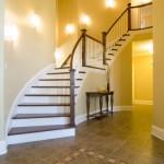 Стильное решение для двухэтажного дома