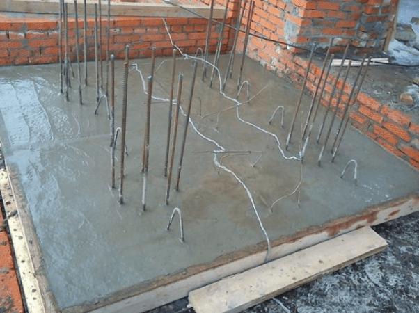 electrody Как прогреть бетон зимой во время стройки? Фото