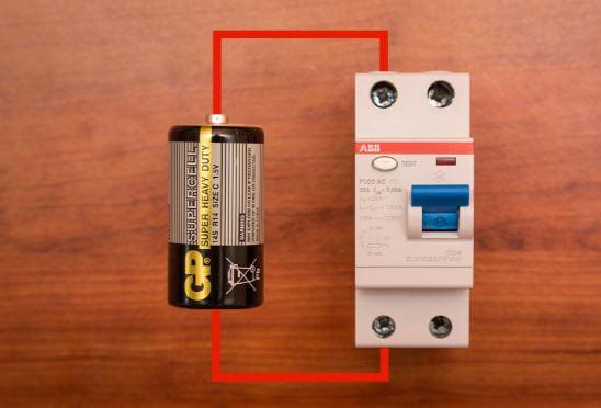 Определение батарейкой фото