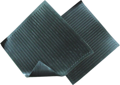 Резиновый коврик электрика