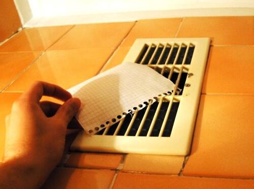 Как проверить тягу бумагой