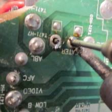 Учимся безопасно выпаивать радиодетали из плат