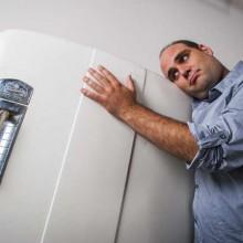 Почему холодильник громко работает и что делать в этом случае?