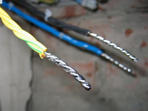 Спайка алюминиевой электропроводки фото