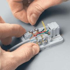Как подключить телефонную розетку?