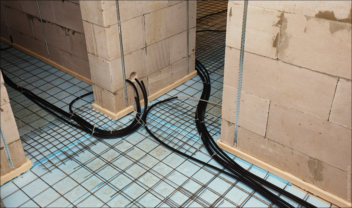 Разводка электричества по полу
