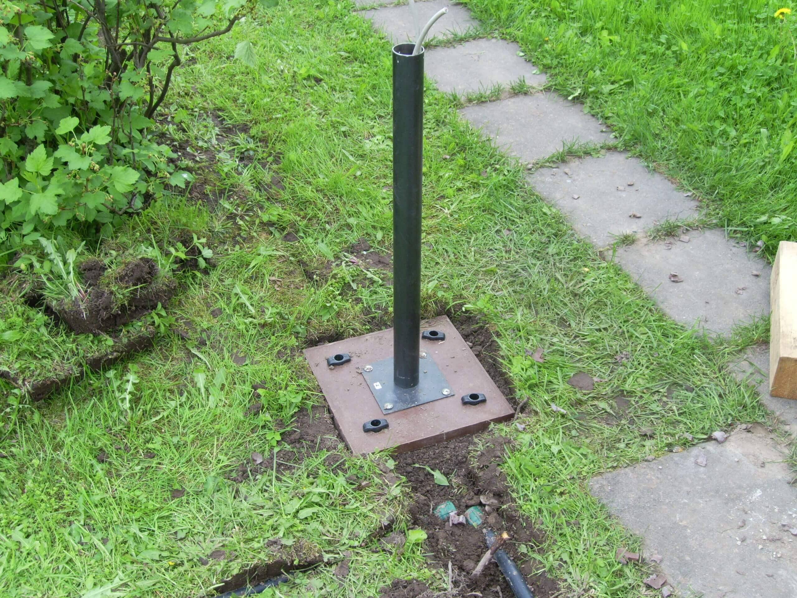 Прокладка электропроводки к столбу под землей