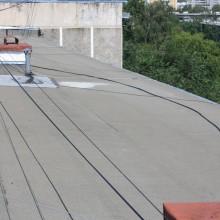 Можно ли прокладывать кабель по крыше?