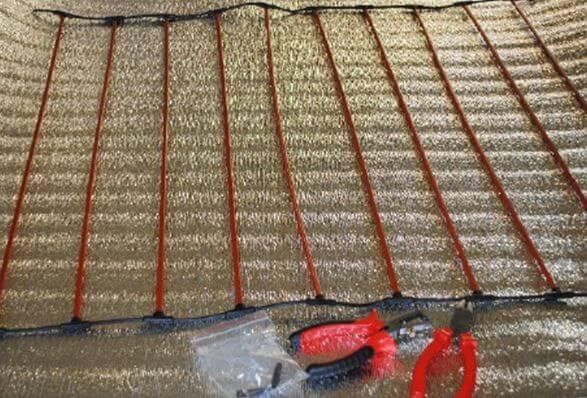 ukladka karbonovogo teplogo pola 6 Карбоновый теплый пол   инструкция по монтажу своими руками Фото