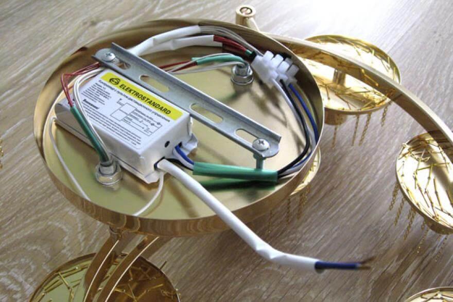 Способы проверки работоспособности люстры, Коломна (фото)