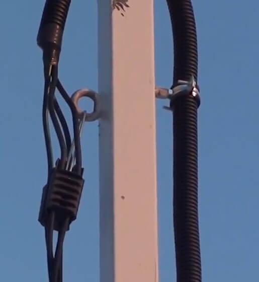 Крепление провода СИП на опоре