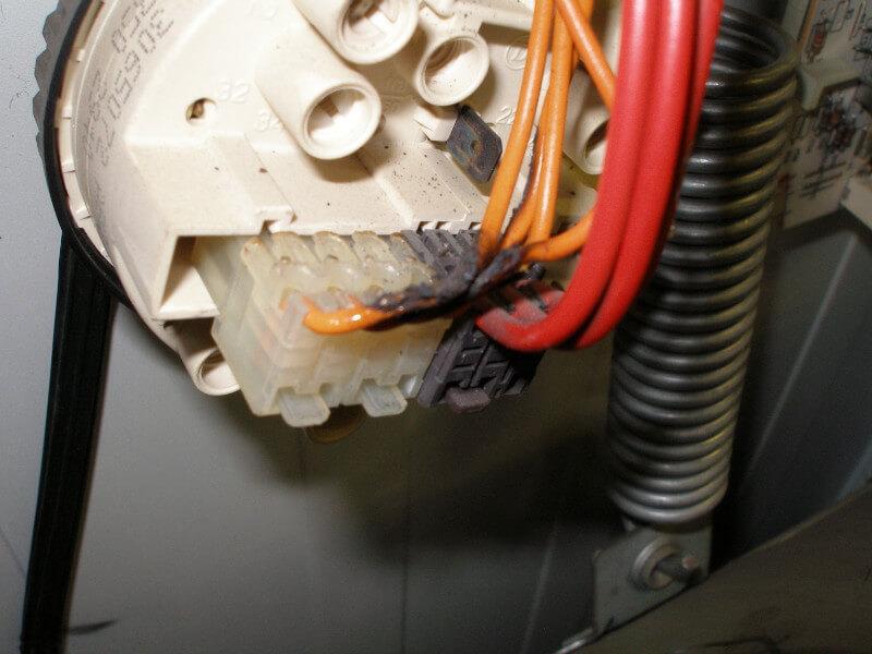 Подгорели провода
