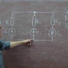 Первый и второй закон Кирхгофа - доступное объяснение