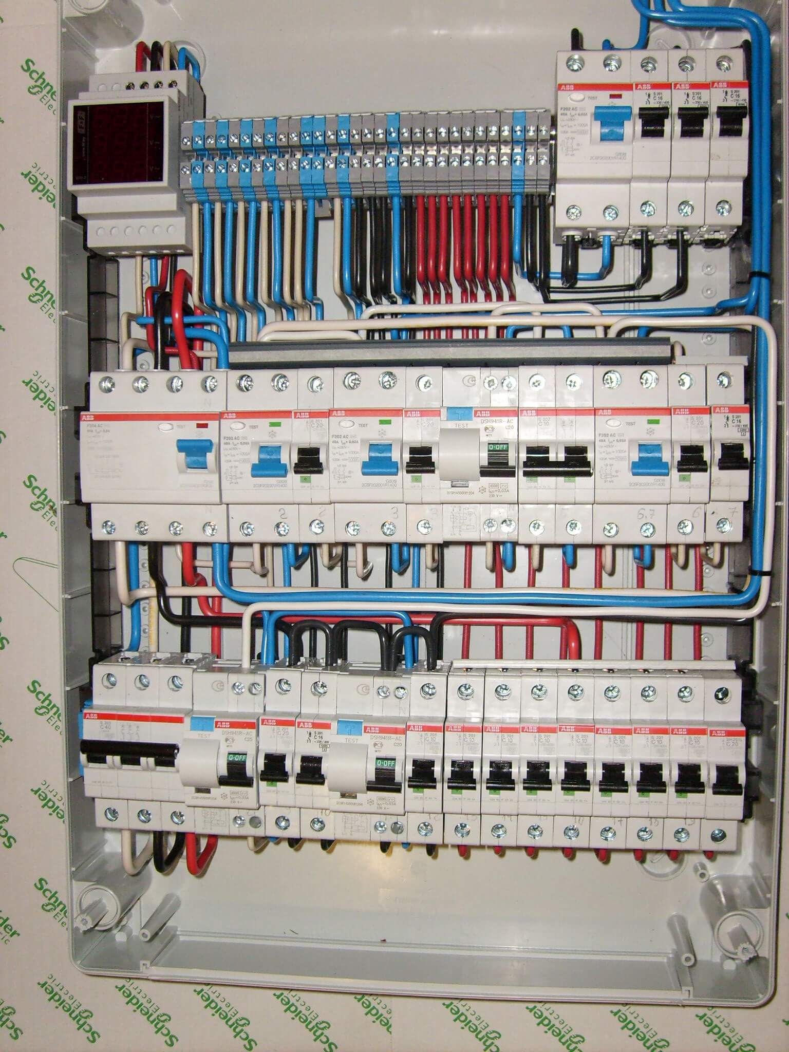 Сечение провода в щитке для соединения автоматов