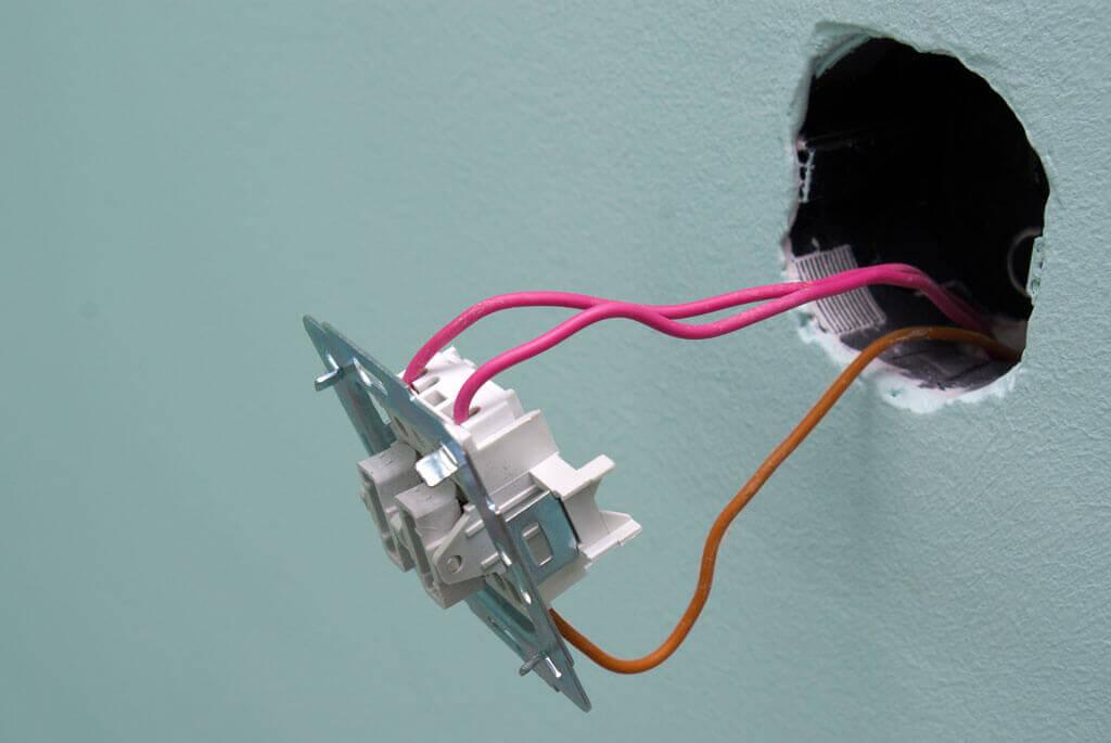 Проверка выключателя света