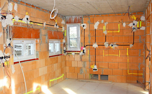Электромонтаж в кирпичном доме