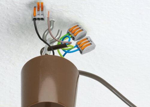 Подключение светильника клеммниками WAGO